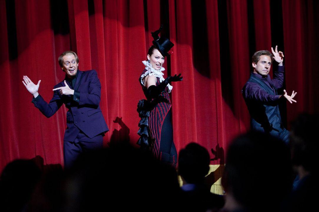 Eigentlich waren die Magier Burt (Steve Carell, r.), Anton (Steve Buscemi, l.) und Jane (Olivia Wilde, M.) schon weg vom Fenster, doch dann wagen si... - Bildquelle: 2013   Warner Brothers