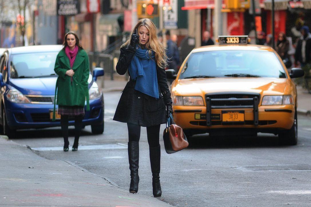 Hat ihre Freundschaft noch eine Chance? Blair (Leighton Meester, l.) und Serena (Blake Lively, r.) ... - Bildquelle: Warner Bros. Television