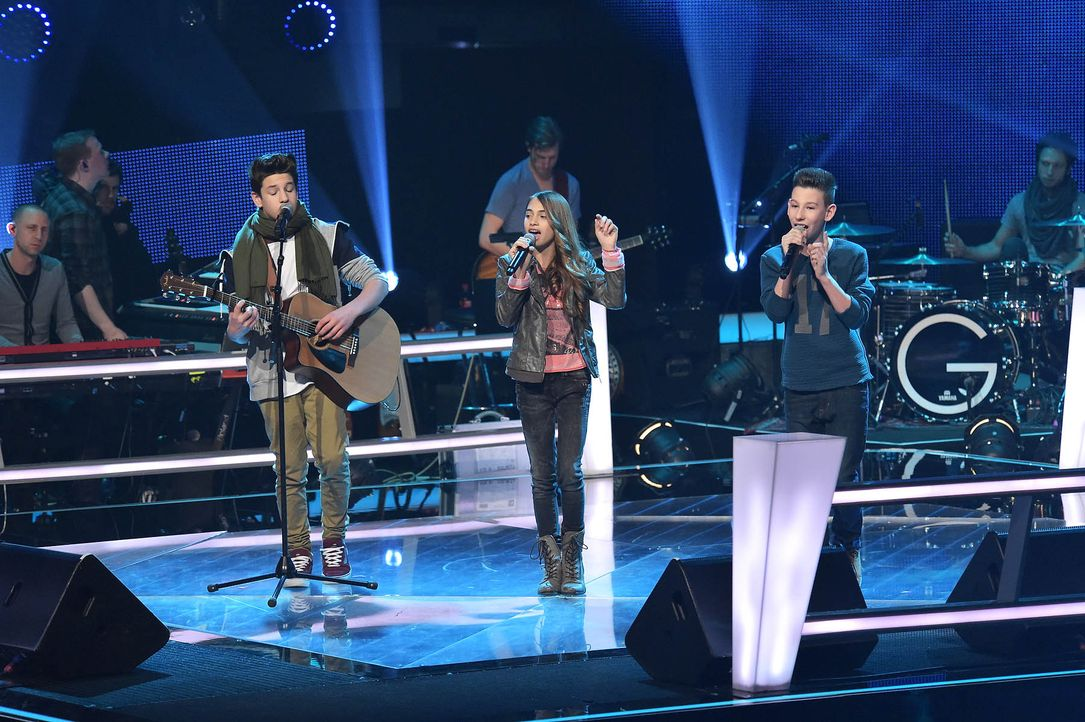 The-Voice-Kids-Stf03-Epi05-Auftritte-05-Michele-Luna-Noah-Levi-SAT1-Andre-Kowalski - Bildquelle: SAT.1/ Andre Kowalski