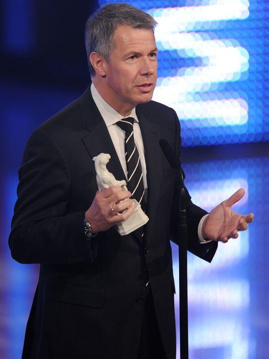 Bayerischer-Fernsehpreis-2012-Peter-Kloeppel-12-05-04-dpa - Bildquelle: dpa
