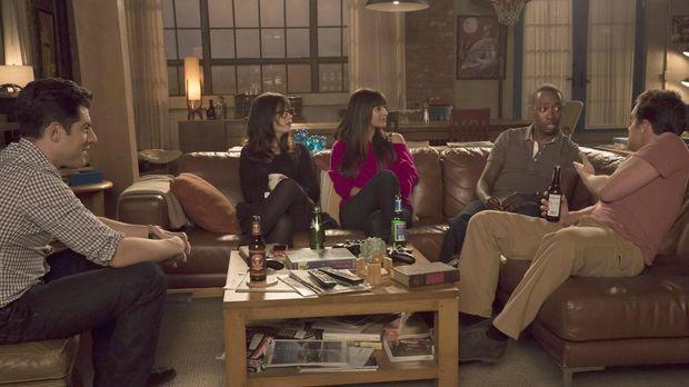 Jess (Zooey Deschanel, 2.v.l.), Nick (Jake M. Johnson, r.), Winston (Lamorne...