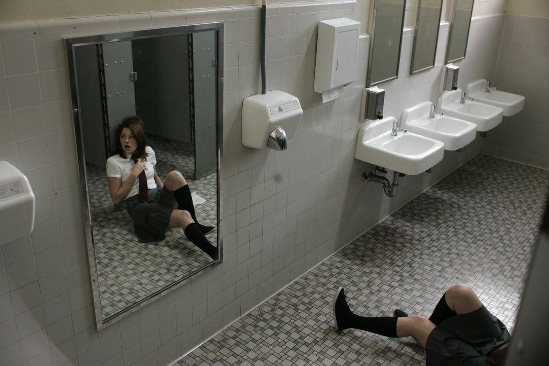 Werden Mollys (Haley Bennett) Visionen nun Wirklichkeit?