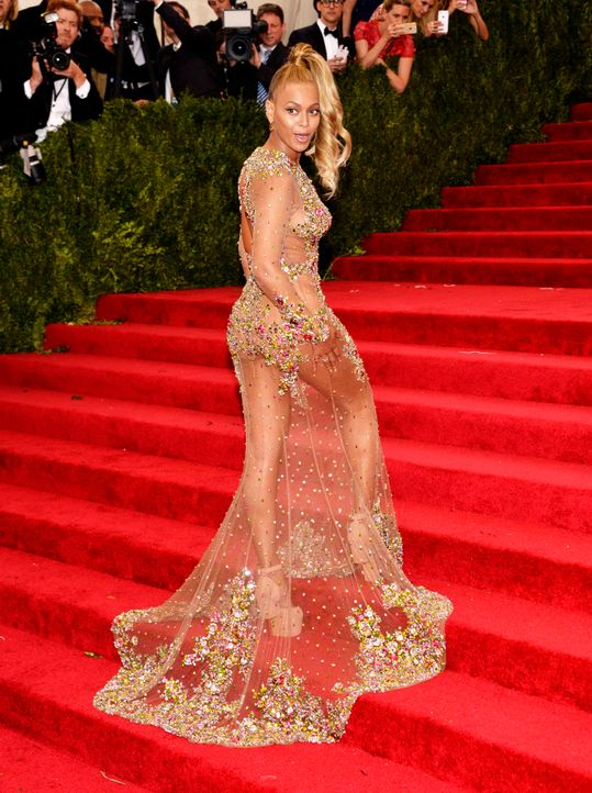 Met-Ball-Beyonce-Knowles-15-05-04-2-dpa - Bildquelle: dpa