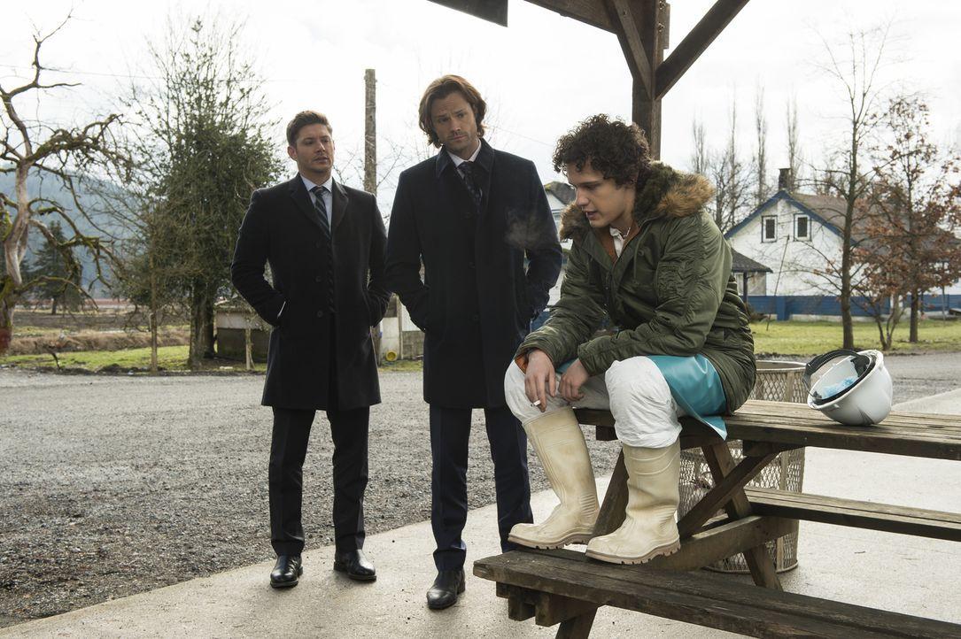 (v.l.n.r.) Dean (Jensen Ackles); Sam (Jared Padalecki); Daryn Boston (Antonio Marziale - Bildquelle: Diyah Pera 2016 The CW Network, LLC. All Rights Reserved/Diyah Pera