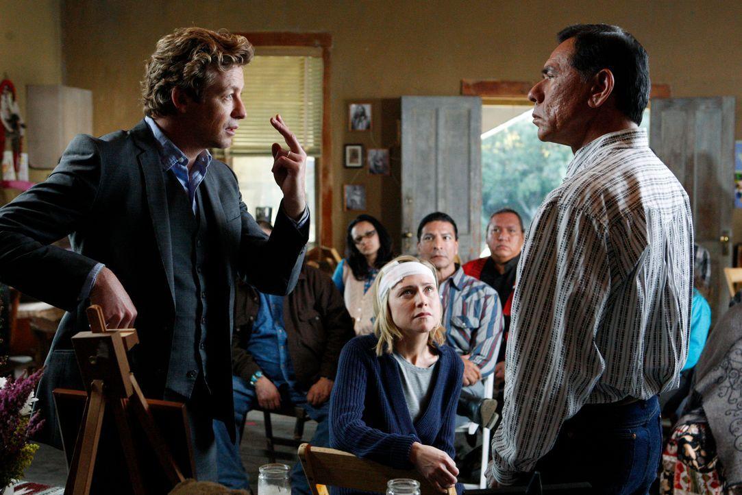 Um einen Mord aufzuklären, an dem Jane (Tracy Middendorf, M.) irgendwie beteiligt war, sich aber an nichts mehr erinnern kann, ermittelt Patrick Jan... - Bildquelle: Warner Bros. Television