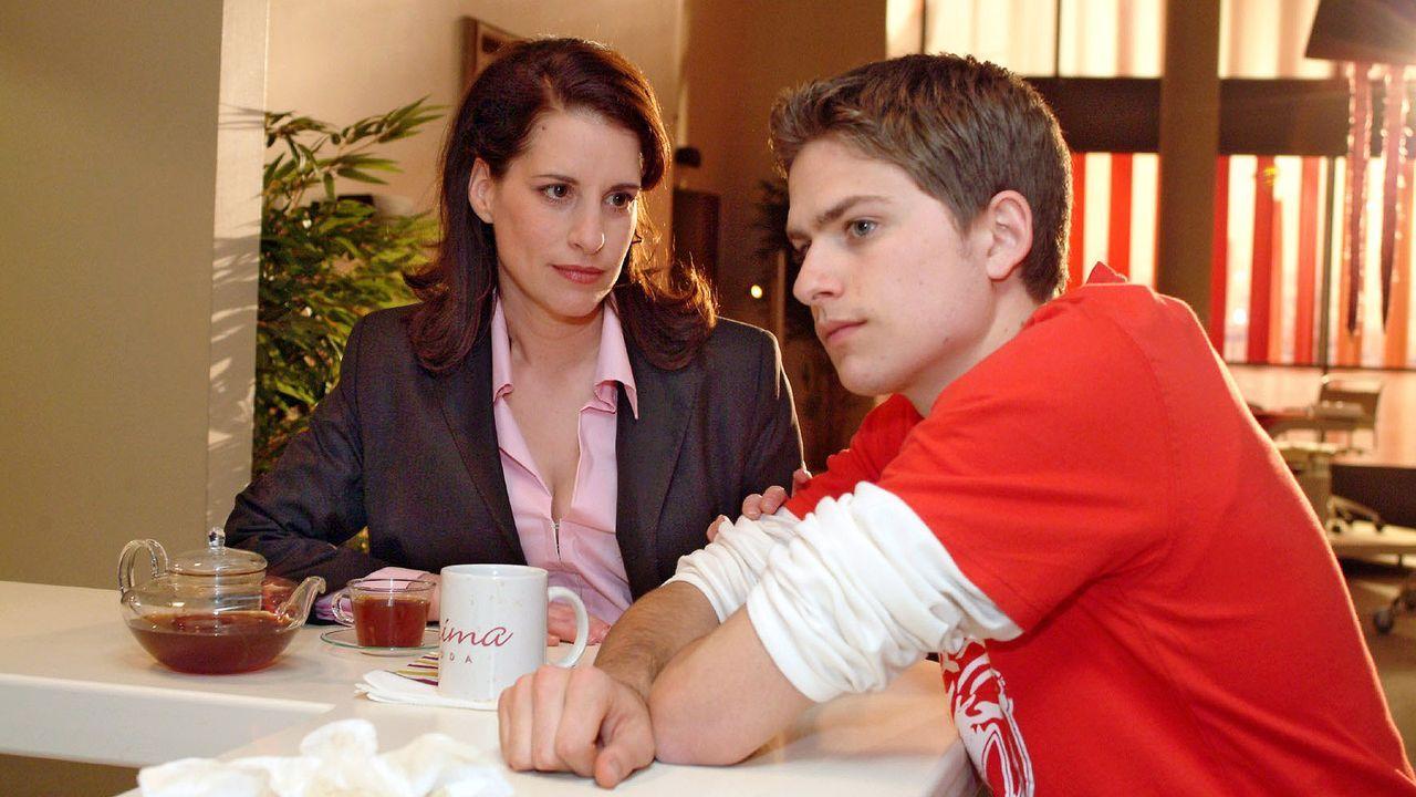 verliebt-in-berlin-epi-72-05-SAT1-monika-schuerle - Bildquelle: SAT.1/Monika Schürle