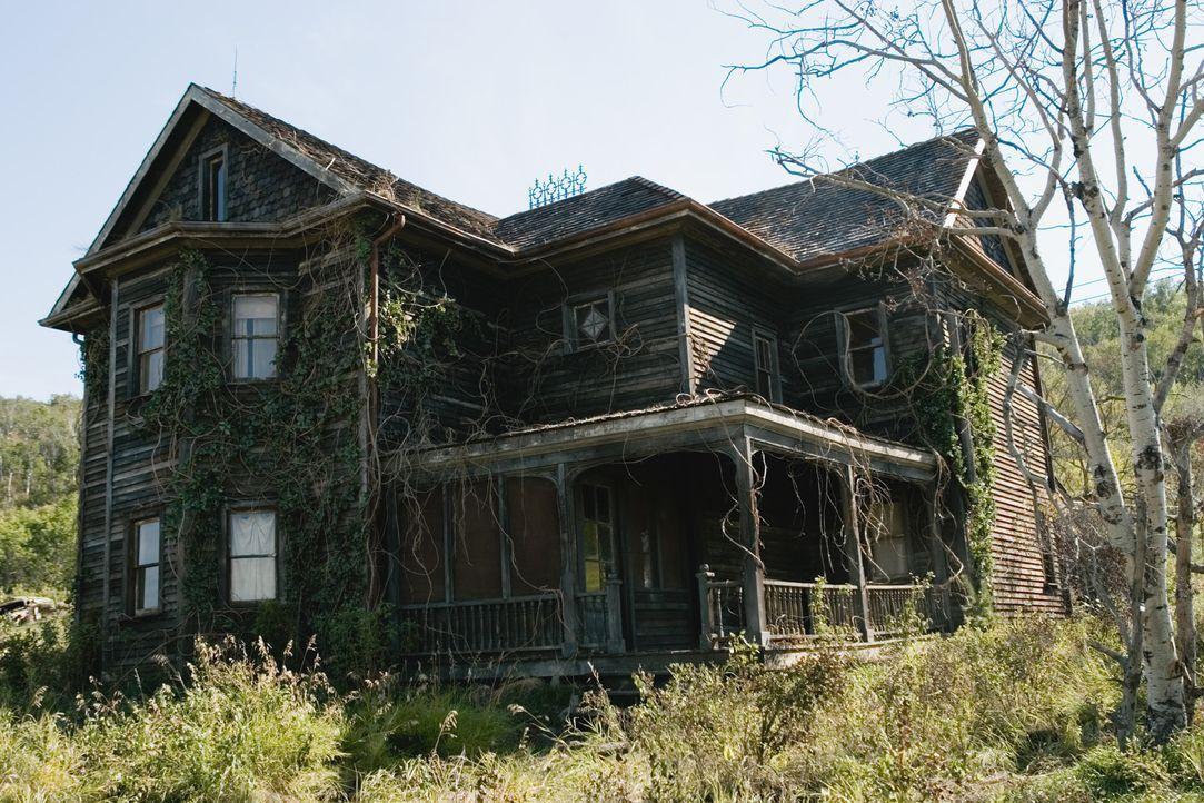 Das neue Heim der Familie Solomon - und das alte Heim der Familie Rollin ... - Bildquelle: 2005 GHP-3 SCARECROW, LLC.