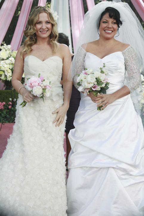 Geben sich das Ja-Wort! Callie (Sara Ramirez, r.) und Arizona (Jessica Capshaw, l.) ... - Bildquelle: ABC Studios