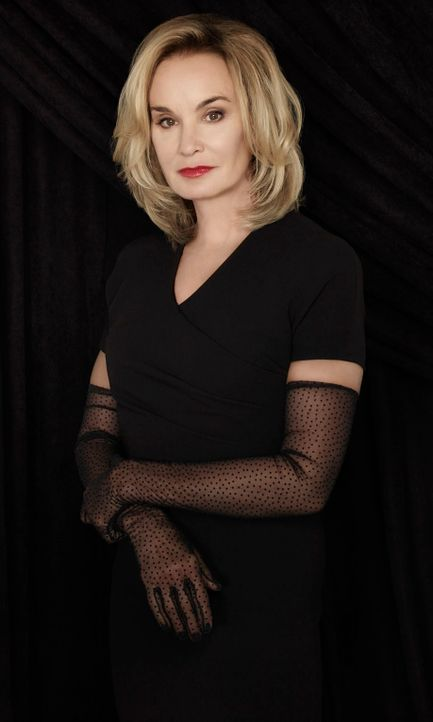 Jessica Lange als Fiona Goode - Bildquelle: 2013-2014 Fox and its related entities.