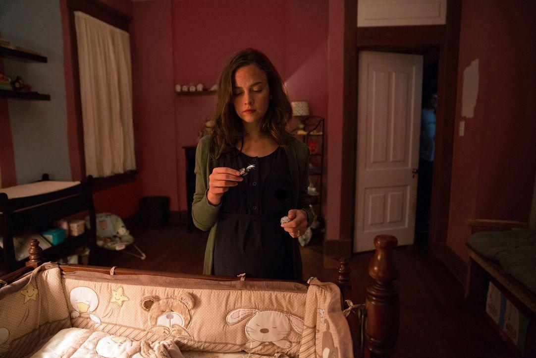 Noch ahnt Samantha (Allison Miller) nicht, dass das Baby in ihrem Bauch ein Kind des Teufels ist, was bereits vor der Geburt ziemlich viel Unheil an... - Bildquelle: 2014 Twentieth Century Fox Film Corporation.  All rights reserved.