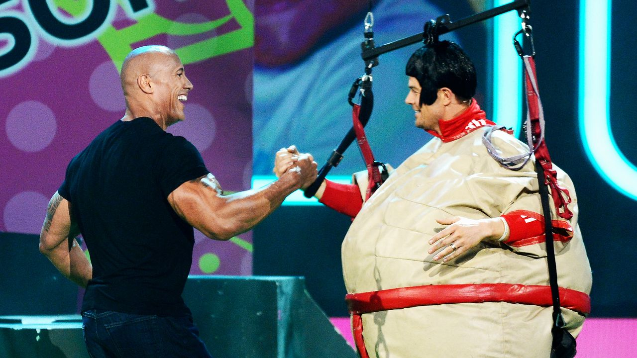 kids-choice-awards-2013-Dwayne-Johnson-130323-04-getty-AFP - Bildquelle: getty-AFP