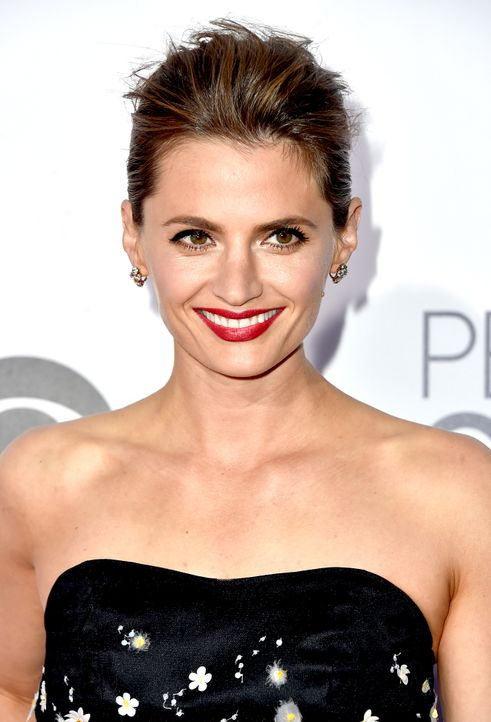 Stana-Katic-150107-2-AFP - Bildquelle: Frazer Harrison/Getty Images for The People's Choice Awards/AFP