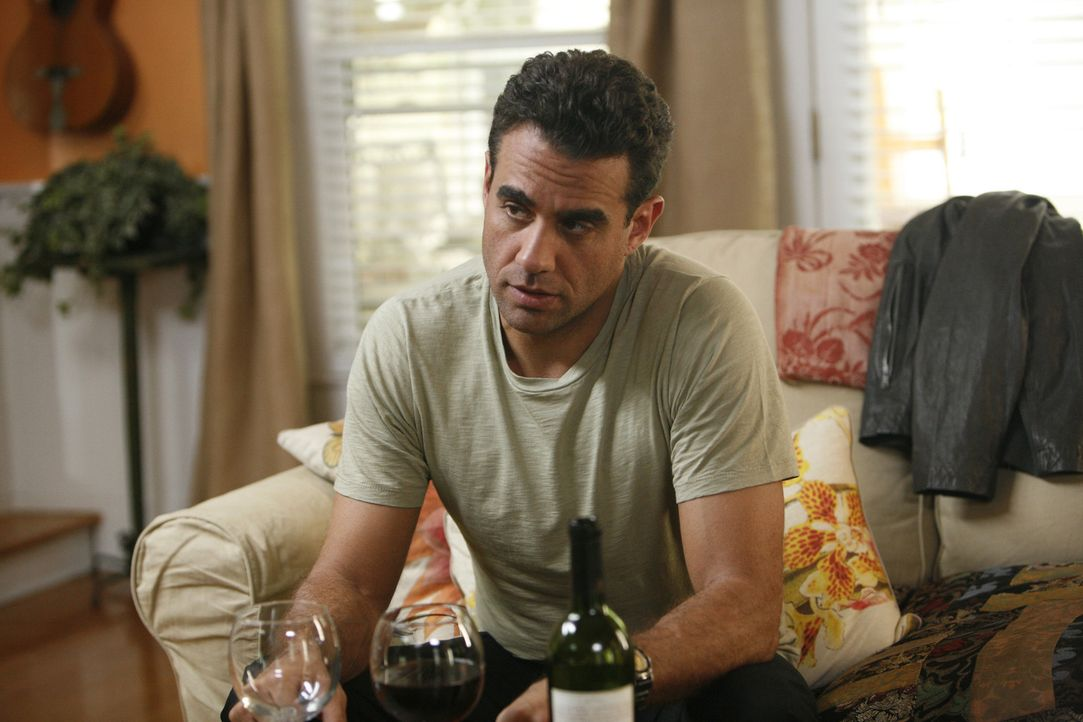 Als Adam (Bobby Cannavale) ein interessantes Jobangebot erhält, kann er nicht widerstehen. Mit fatalen Folgen ... - Bildquelle: Bob Mahoney CPT Holdings, Inc.  All Rights Reserved.     (Sony Pictures Television International)