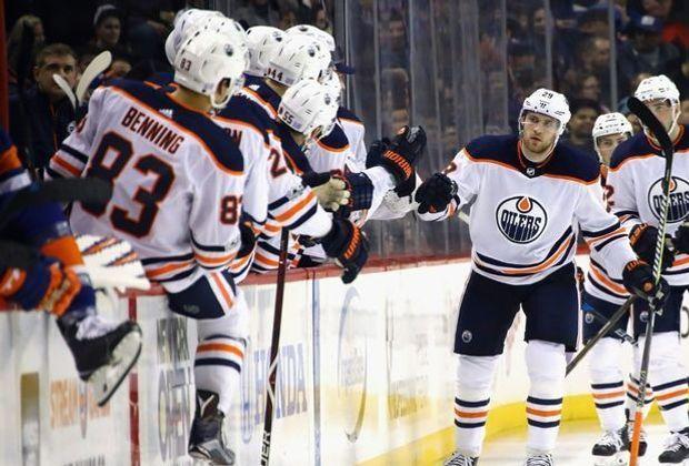 Kantersieg für Leon Draisaitl (M.) und die Edmonton Oilers