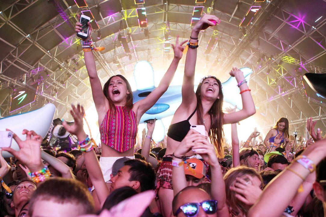 Coachella-Festival-Fans-14-04-13-dpa - Bildquelle: dpa