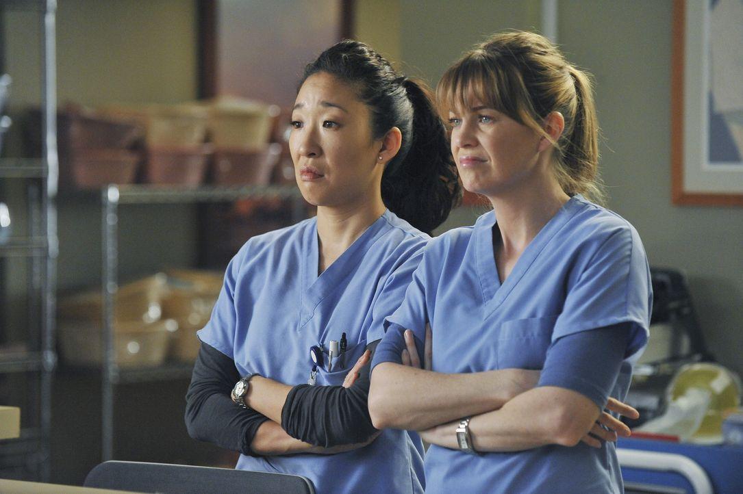 Ein aufregender Arbeitstag wartet auf Cristina (Sandra Oh, l.) und Meredith (Ellen Pompeo, r.) ... - Bildquelle: ABC Studios