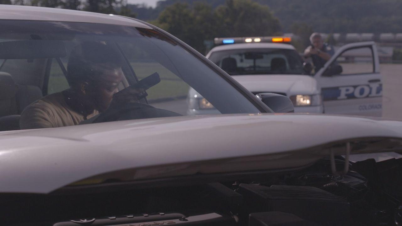 Mörder auf der Flucht: Ein Augenzeuge führt Lt. Kendas Männer auf eine schreckliche Verfolgungsjagd, die in einem heftigen Showdown endet. - Bildquelle: Jupiter Entertainment