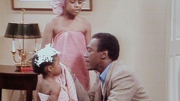 Denise hat Vanessa (Tempsett Bledsoe, M.) und Rudy (Keshia Knight Pulliam, l....