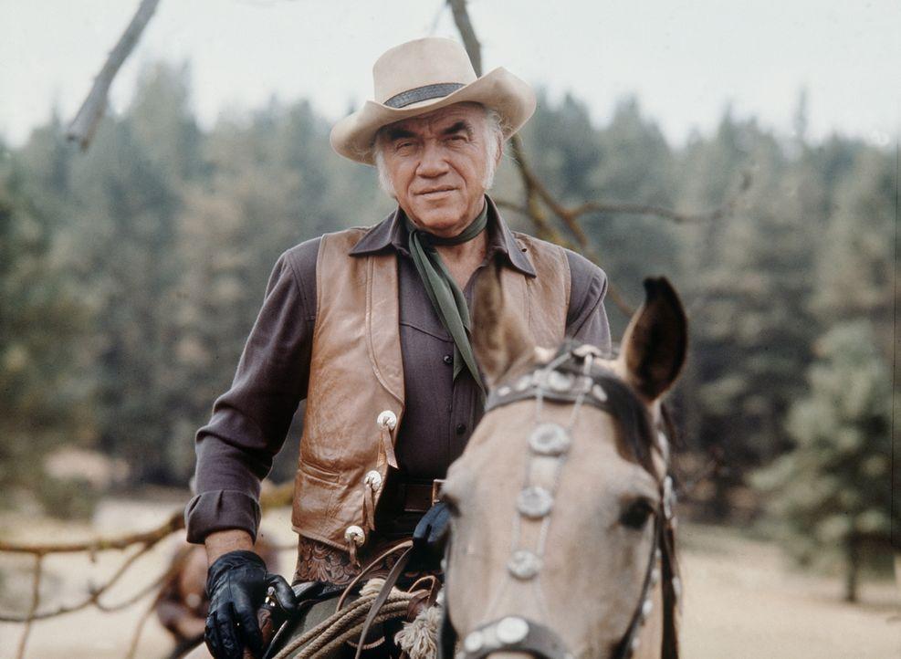 Als Großgrundbesitzer muss Ben Cartwright (Lorne Greene) hart im Leben sein. - Bildquelle: Paramount Pictures