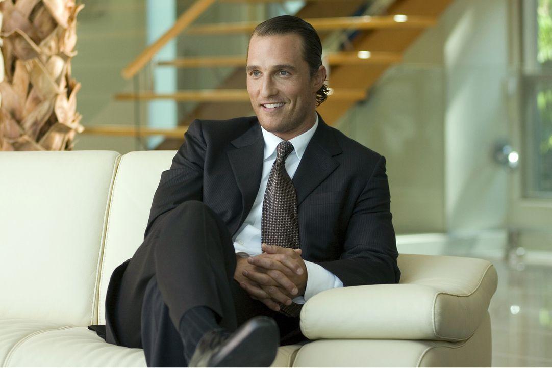 Zunächst kann Brendon (Matthew McConaughey) dank seiner hellseherischen Fähigkeiten Millionen erwetten. Doch dann verlässt ihn sein Glück und zw... - Bildquelle: Morgan Creek Productions