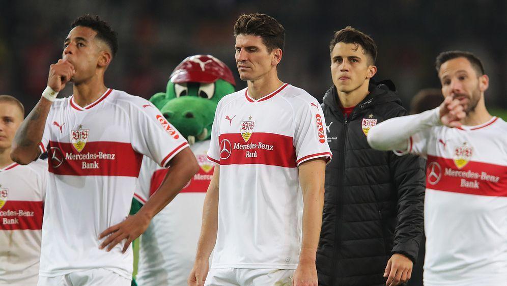 Ein Bild, an das sich die VfB-Fans zuletzt gewöhnen mussten: enttäuschte Spi... - Bildquelle: Getty Images