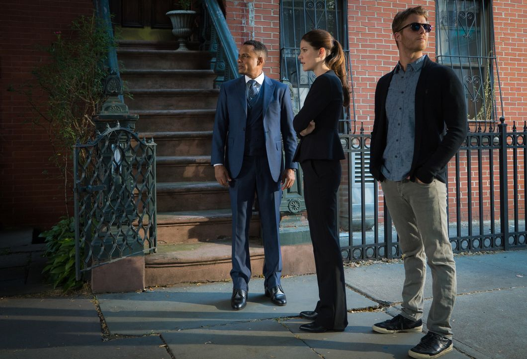 Können sie einen neuen Fall lösen? Brian (Jake McDorman, r.), Rebecca (Jennifer Carpenter, M.) und Boyle (Hill Harper, l.) ... - Bildquelle: 2015 CBS Broadcasting, Inc. All Rights Reserved