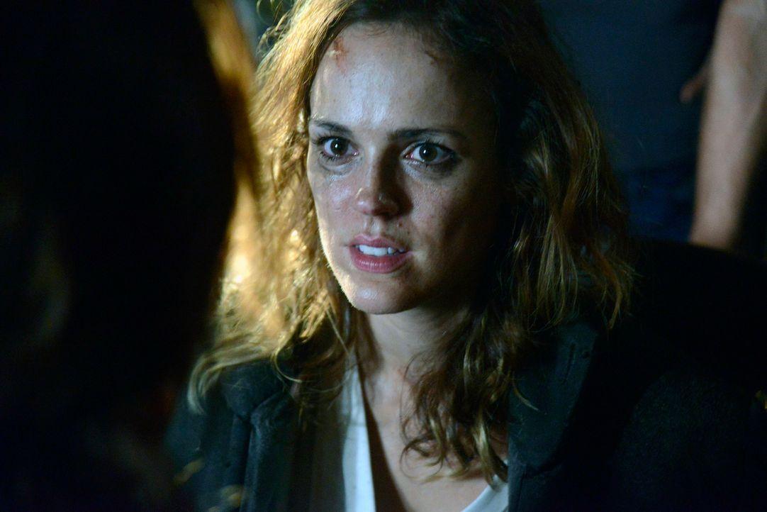 Ihr Leben ist in großer Gefahr: Lena Gilbert (Erin Cahill) ... - Bildquelle: 2013 Twentieth Century Fox Film Corporation. All rights reserved.