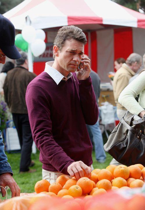 Fühlt sich von Mike verfolgt: Ian (Dougray Scott) ... - Bildquelle: 2005 Touchstone Television  All Rights Reserved