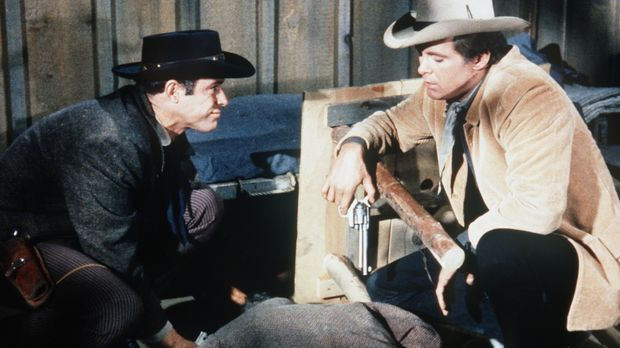 Die Brüder Mike (Paul Mantee, l.) und Josh Farrell (Michael Witney, r.) haben...