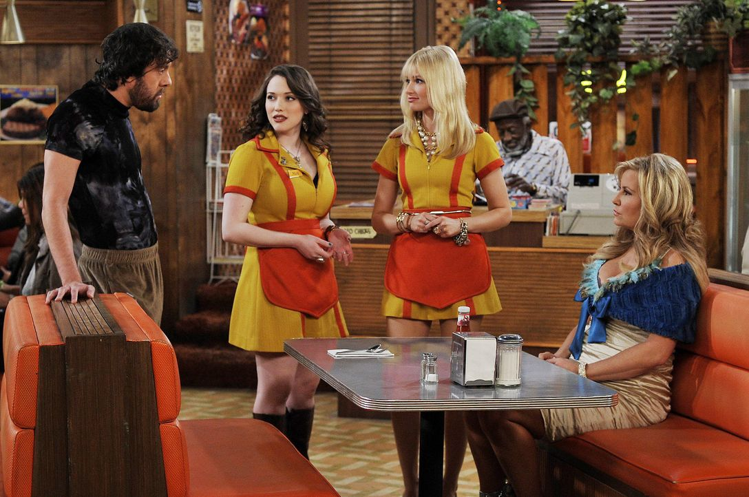 2-broke-girls-stf01-epi22-buttercreme-blamage-03-warner-brothersjpg 2100 x 1394 - Bildquelle: Warner Brothers