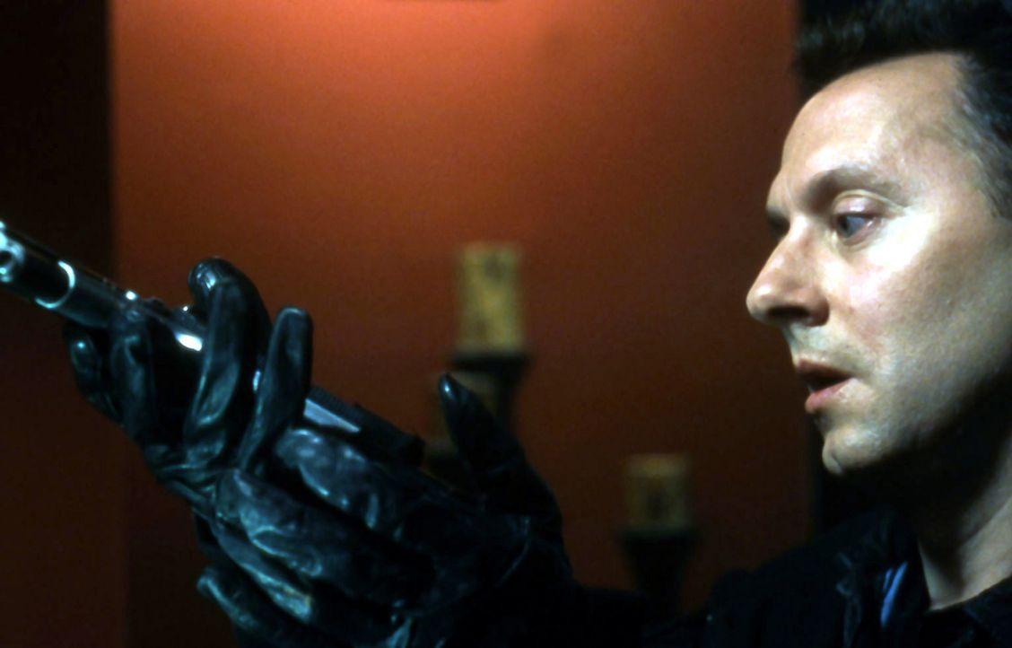 Auch Zep Hindle (Michael Emerson), ein Pfleger aus dem Krankenhaus von Lawrence, befindet sich im Visier des Jigsaw-Killers ... - Bildquelle: Twisted Pictures