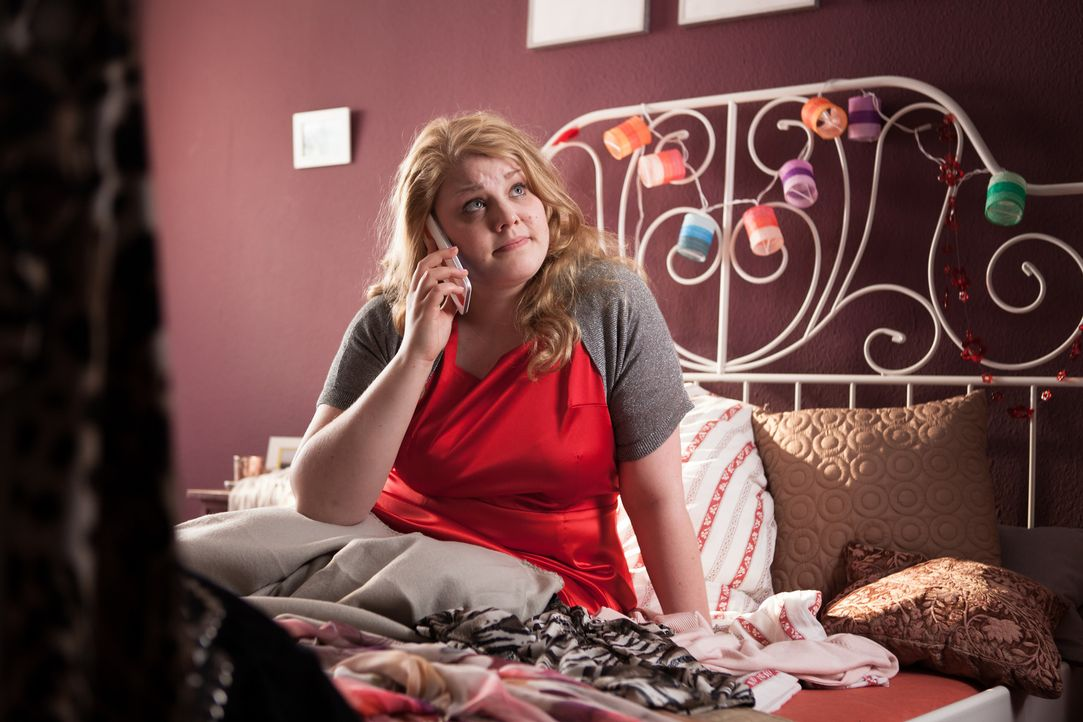 Nichts zum Anziehen und heute Nachmittag das allerwichtigste Date ihres Lebens? Mandy (Christina Petersen) steckt in einer echten Bredouille, doch g... - Bildquelle: Conny Klein SAT.1
