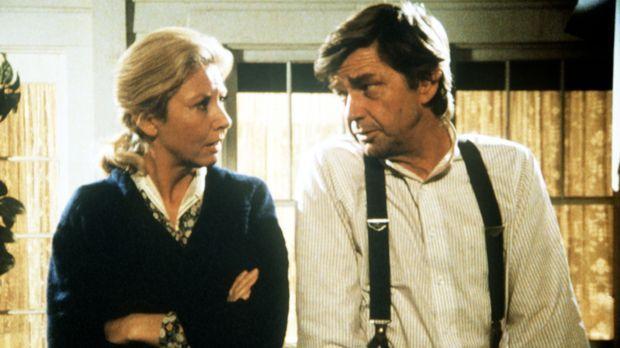 Olivia (Michael Learned, l.) und John (Ralph Waite, r.) machen sich Sorgen um...
