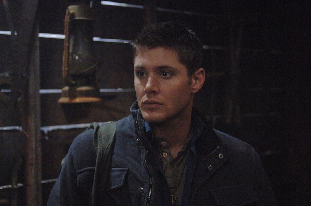 Ein wütender Geist macht es Dean (Jensen Ackles) und Sam nicht leicht ... - Bildquelle: Warner Bros. Television