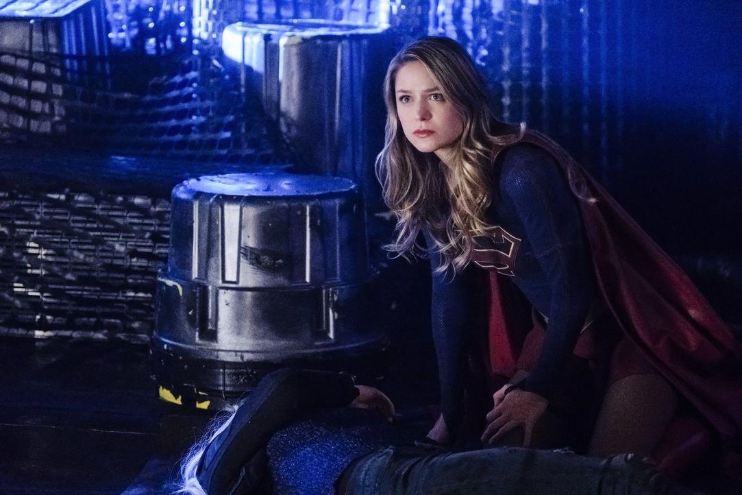 Während sich Kara alias Supergirl (Melissa Benoist) und Reign erneut gegenüberstehen, passt Alex auf die unwissende, unschuldige Ruby auf ... - Bildquelle: 2017 Warner Bros.