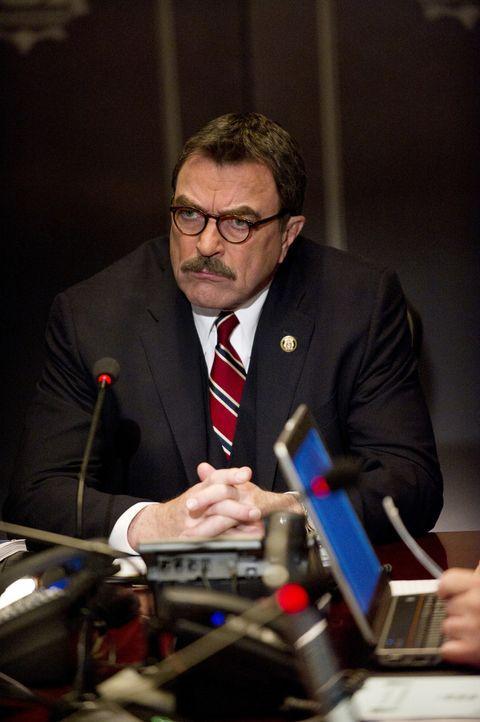 Schafft es Frank (Tom Selleck) den Anschlag auf die Stadt zu verhindern? - Bildquelle: John Paul Filo 2011 CBS Broadcasting Inc. All Rights Reserved
