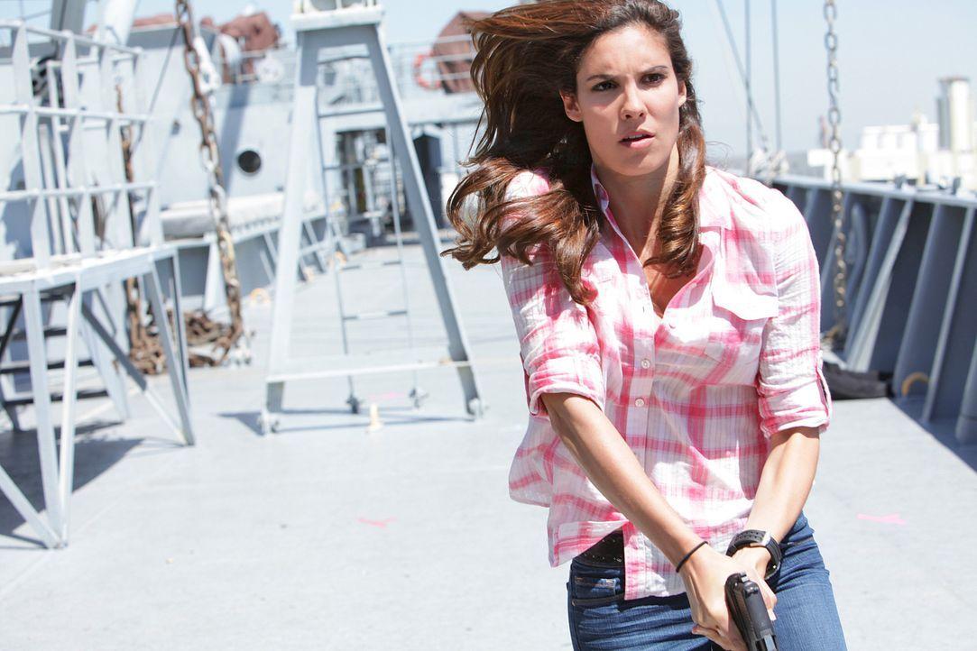 Im Einsatz für die Gerechtigkeit: Kensi (Daniela Ruah) ... - Bildquelle: CBS Studios Inc. All Rights Reserved.