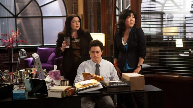 Ein neuer Tag voller Überraschungen wartet auf Jane (Brooke Elliott, l.), Fre...