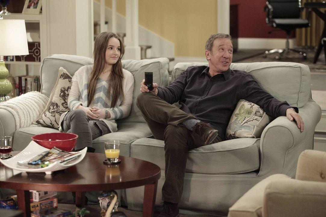 Ein seltener Anblick: Eve (Kaitlyn Dever, l.) und ihr Vater Mike (Tim Allen, r.) ganz friedlich vereint ... - Bildquelle: 2014 Twentieth Century Fox Film Corporation. All rights reserved.