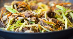 Wenn es schon Fast Food sein muss, dann ist der Asia-Imbiss eine gute Wahl. E...