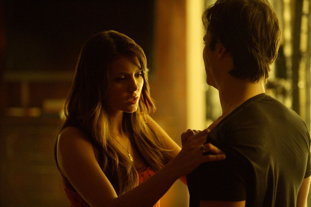 Elena und Damon - Bildquelle: Warner Bros. Entertainment Inc. All Rights Reserved