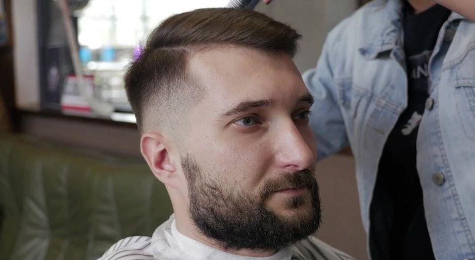 Mit Diesen 4 Frisuren Können Männer Geheimratsecken Verstecken