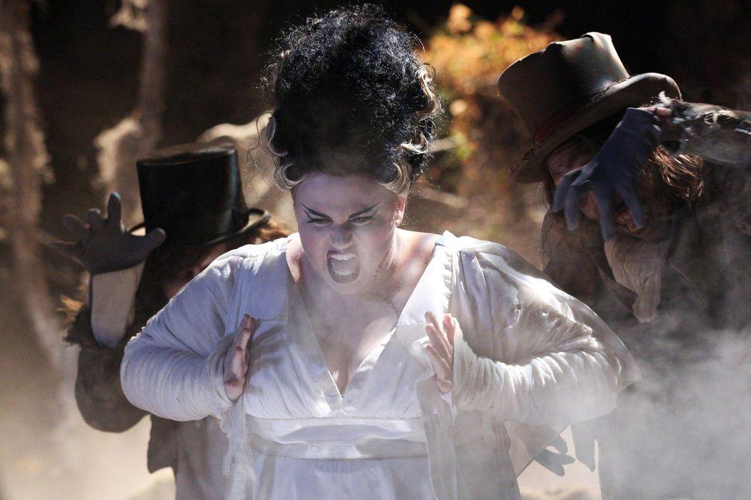 Kimmie (Rebel Wilson) ist fest entschlossen, ihrer Flamme an Halloween ihre wahren Gefühle zu gestehen, doch dann passiert plötzlich etwas, womit si... - Bildquelle: Warner Brothers
