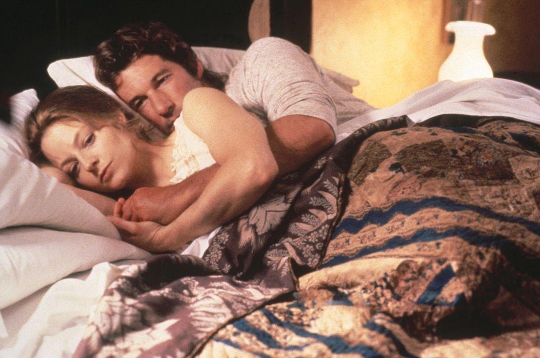 Laurel (Jodie Foster, l.) hat Zweifel an der wundersamen Wandlung Ihres Ehemanns Jack (Richard Gere, r.), der sie vorher brutal behandelt und geschl... - Bildquelle: Warner Bros.