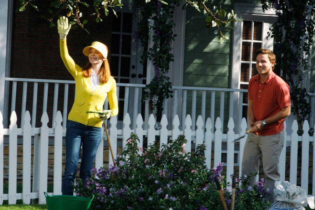 Das Leben nach der Flugzeugkatastrophe geht weiter: Bree (Marcia Cross, l.) und Andrew (Shawn Pyfrom, r.) ... - Bildquelle: ABC Studios