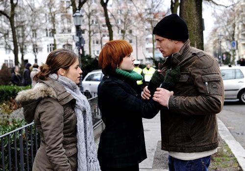 Bea trifft sich hinter Michaels Rücken mit Jens. Sie hatte Recht: Jens weiß, wer Franziska getötet hat, und er ist gekommen, um sie zu entlasten.... - Bildquelle: Christoph Assmann - Sat1