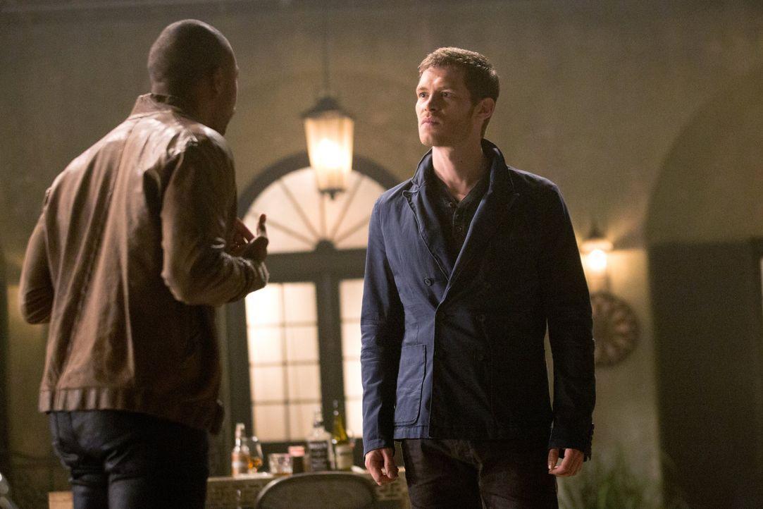 Klaus und Marcel streiten sich - Bildquelle: Warner Bros. Entertainment Inc.