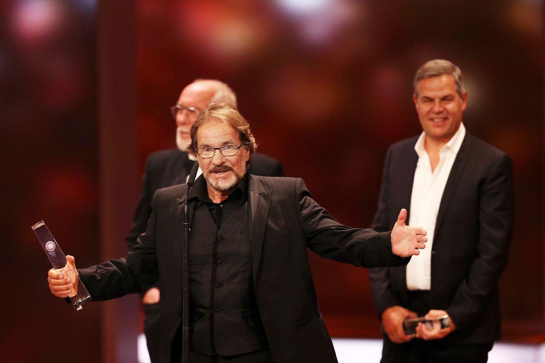 Deutscher-Fernsehpreis-Goetz-George-13-10-02-dpa - Bildquelle: dpa