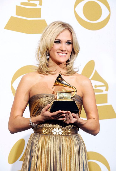 grammy-awards-carrie-underwood-10-01-31-dpajpg 1291 x 1900 - Bildquelle: dpa