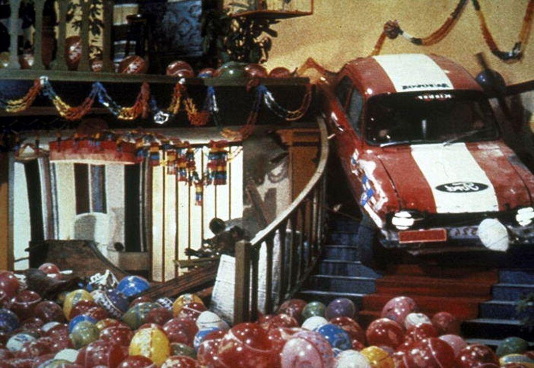 Zwei Himmelhunde auf dem Weg zum Rummelplatz: Kid und Ben ... - Bildquelle: Columbia Pictures